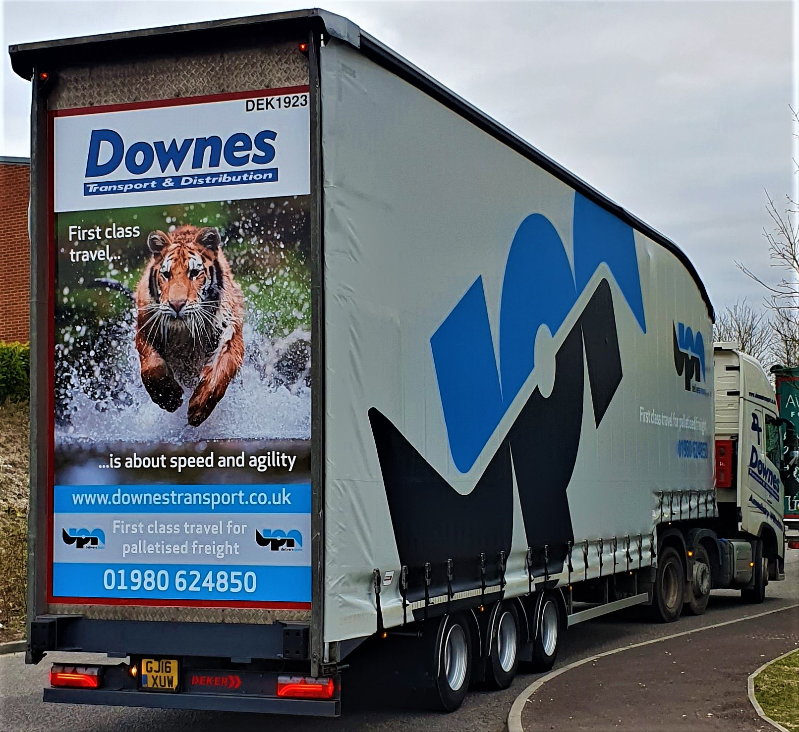 Downes Transport now full time with UPN .jpg