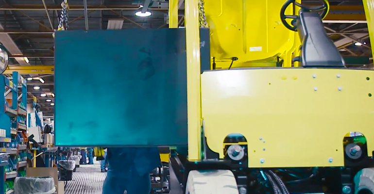 Video: Hyster Electric Fork Lift Trucks