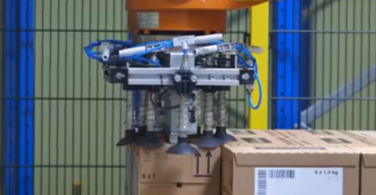 Video: Swimming pool logistics with automation