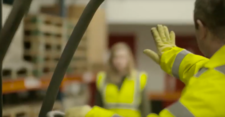 Show Your Hand: a safety campaign for pedestrians