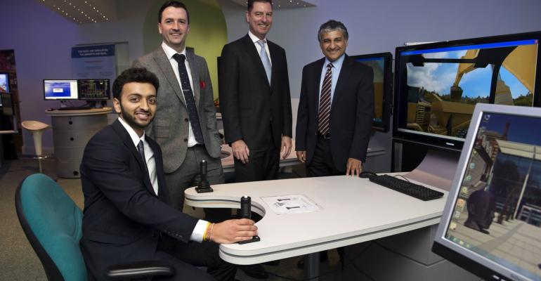 WEF director hails Hull Uni logistics expertise as team studies supply chains in a digital world