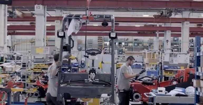 VIDEO: Toyota Material Handling - production from start to finish